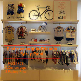 Chine Kids clothing kiosk design with clothing display racks usine